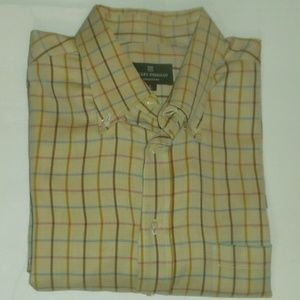 Hickey Freeman men's button up shirt